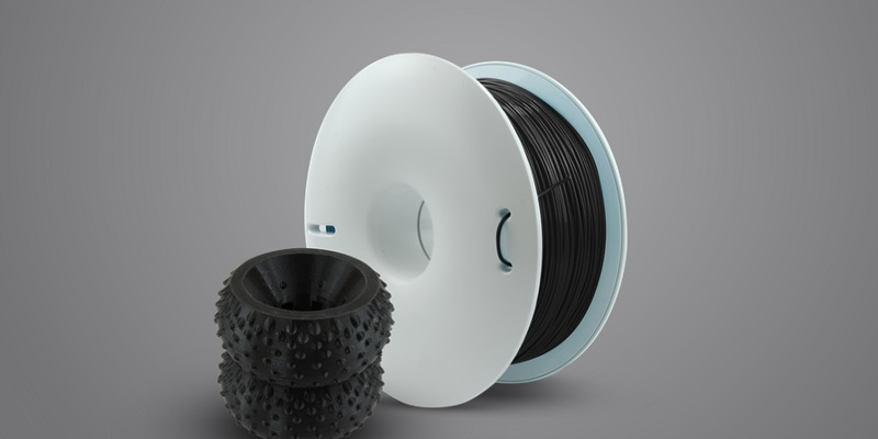 Gumowe części etui z druku 3D do telefonu z FIBERFLEX 40D filamentem polskiego producenta Fiberlogy jet to możliwe